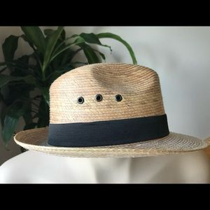 🐙 2/25 Straw hat with black band